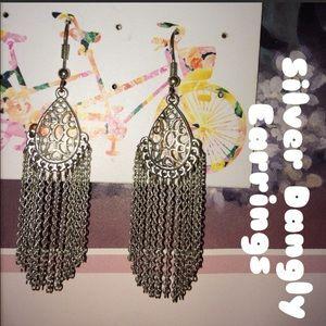 Jewelry - silver dangly earrings